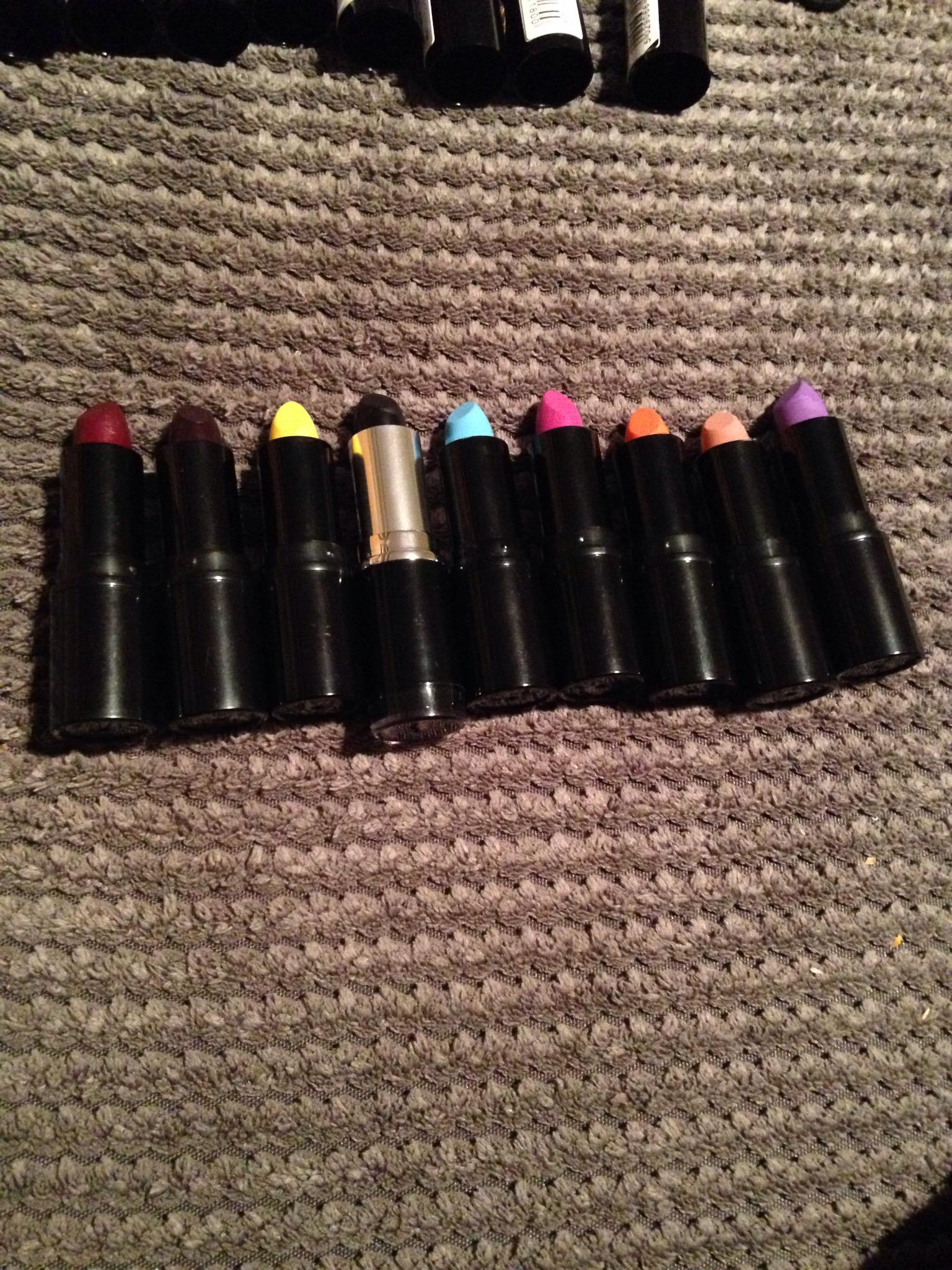 Makeup Revolution Lipstick Review